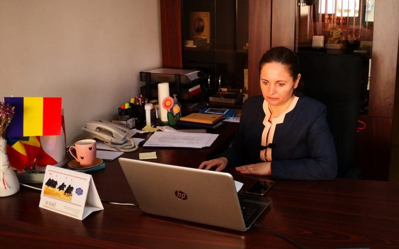 """Managerul Bibliotecii Județene """"Panait Cerna"""" Tulcea, dr. Ligia Dima: Biblioteca se reinventează în vreme de pandemie"""