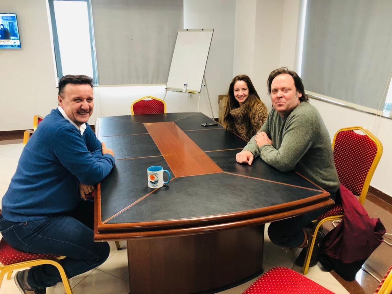 """Realizatorul TV, Charlie Ottley, filmează """"Wild Danube"""" în Delta Dunării"""