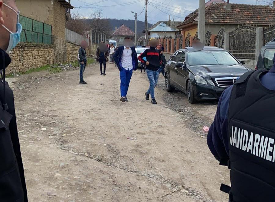 Chef la Babadag, spart de polițiști!