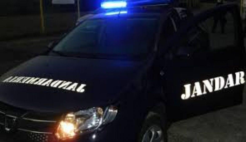 Un bărbat a avariat mai multe mașini în miez de noapte
