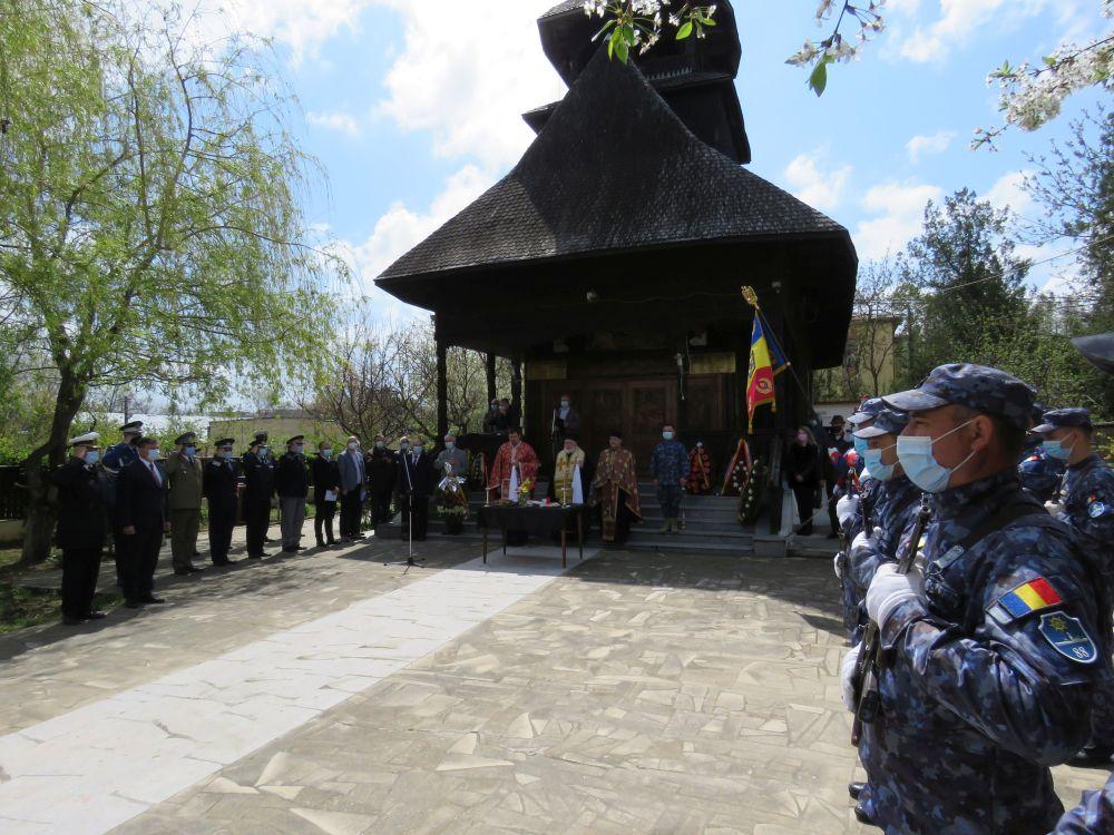 Ziua Veteranilor de Război, sărbătorită la Troița Eroilor Marinari